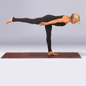 Yin Yang Yoga for Runners | yogaforrunners.com